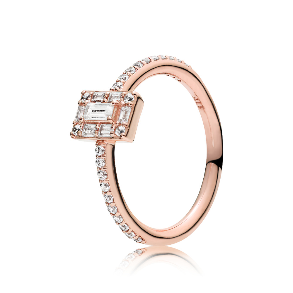 PANDORA Rose™ Luminous Ice Ring